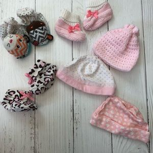 Other - PREEMIE GIRLS BOOTIE & HATS BUNDLE